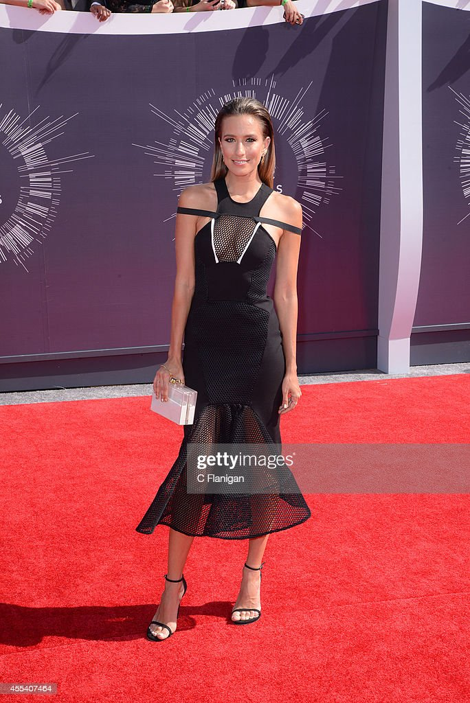 <a gi-track='captionPersonalityLinkClicked' href=/galleries/search?phrase=Renee+Bargh&family=editorial&specificpeople=4267341 ng-click='$event.stopPropagation()'>Renee Bargh</a> arrives at the 2014 MTV Video Music Awards at The Forum on August 24, 2014 in Inglewood, California.