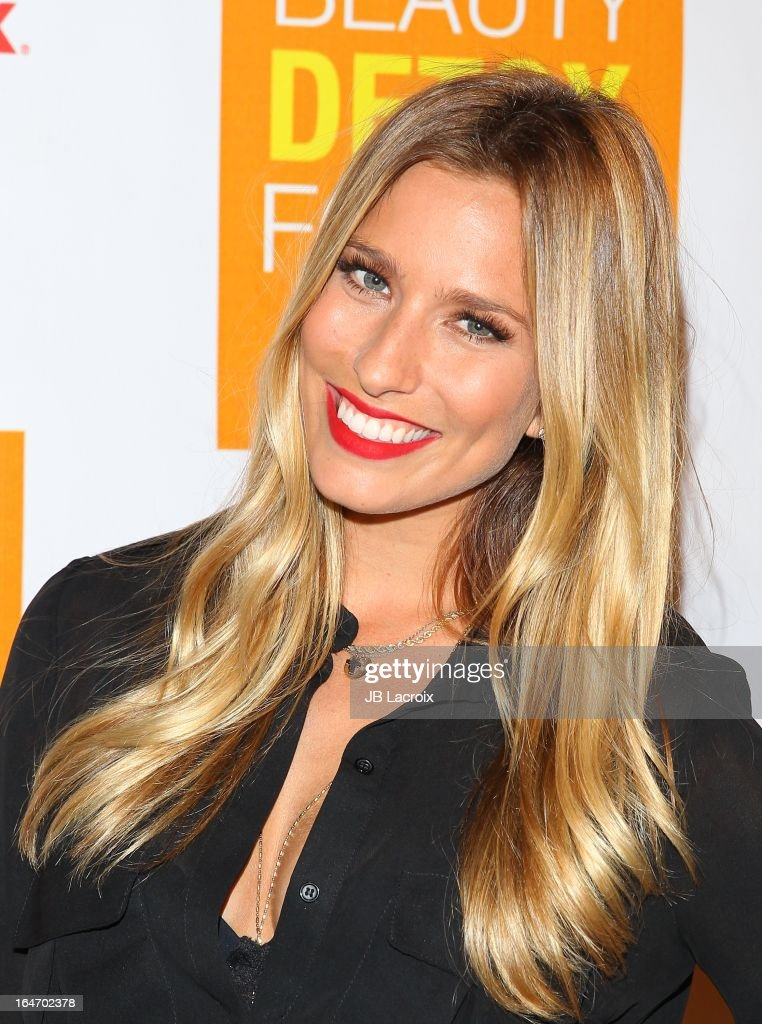 Renee Bargh attends the book launch party for 'The Beauty Detox Foods' at Smashbox West Hollywood on March 26, 2013 in West Hollywood, California.