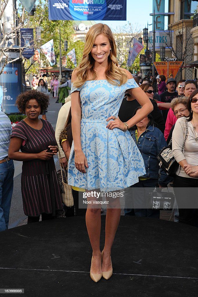 Renee Bargh visits Extra at The Grove on February 25, 2013 in Los Angeles, California.