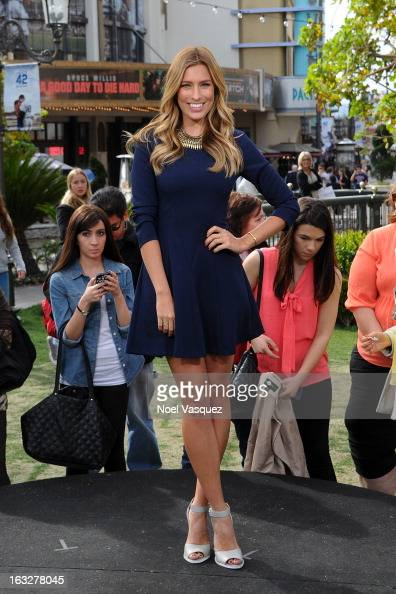 Renee Bargh visits 'Extra' at The Grove on March 6 2013 in Los Angeles California