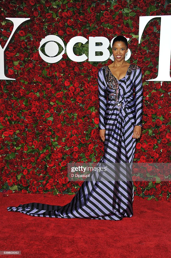 Renee Elise Goldsberry attends the 70th Annual Tony Awards at the Beacon Theatre on June 12, 2016 in New York City.