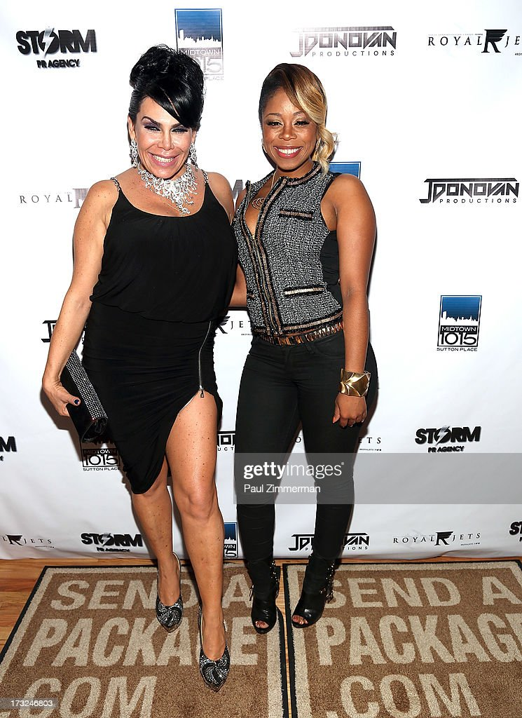 <a gi-track='captionPersonalityLinkClicked' href=/galleries/search?phrase=Renee+Graziano&family=editorial&specificpeople=7643222 ng-click='$event.stopPropagation()'>Renee Graziano</a> and Shay Johnson attend<a gi-track='captionPersonalityLinkClicked' href=/galleries/search?phrase=Renee+Graziano&family=editorial&specificpeople=7643222 ng-click='$event.stopPropagation()'>Renee Graziano</a>'s Celebrity dinner party at Midtown 1015 on July 10, 2013 in New York City.
