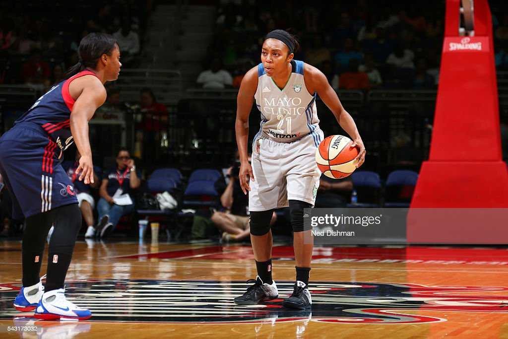 Renee Montgomery #21 of the Minnesota Lynx drives to the basket against the Washington Mystics during game on June 26, 2016 at Verizon Center in Washington, District of Columbia.