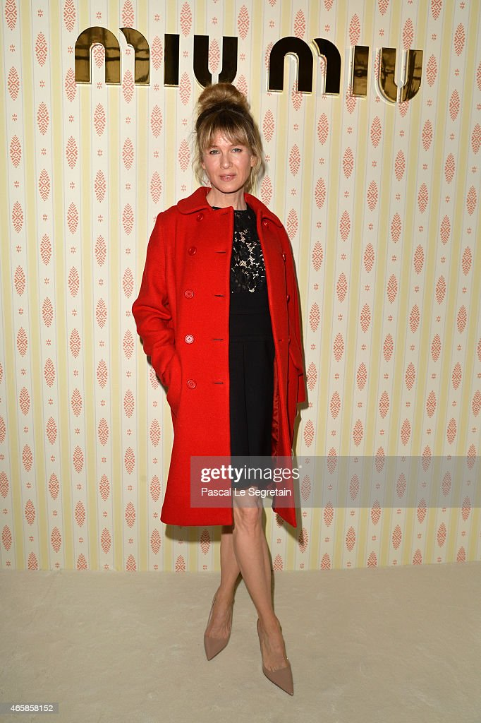 Renee Zellweger attends the Miu Miu show as part of the Paris Fashion Week Womenswear Fall/Winter 2015/2016 on March 11, 2015 in Paris, France.
