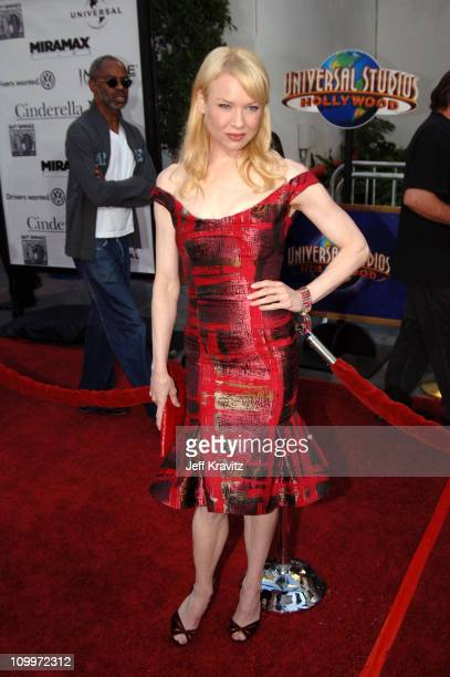 Renee Zellweger during Cinderella Man Los Angeles Premiere at Gibsob Amphitheater in Universal City California United States