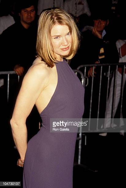 Renee Zellweger during 'Jerry Maguire ' New York City Premiere at Pier 88 in New York City New York United States