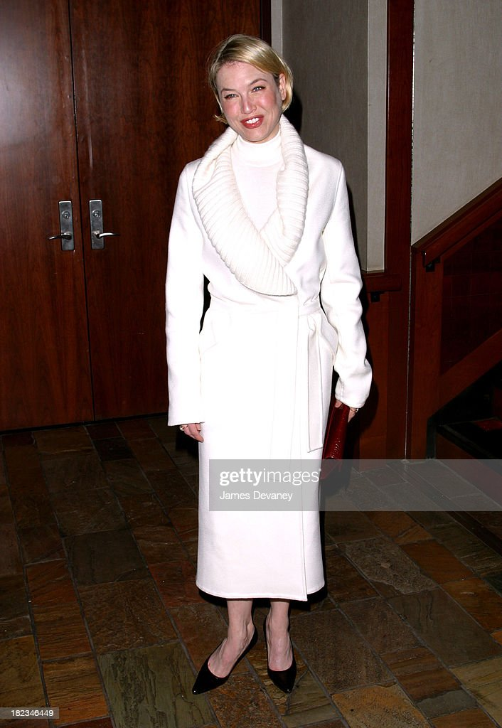Renee Zellweger wearing Jil Sander during Anna Wintour and Harvey Weinstein Cohost Screening of Chicago at Tribeca Grand Hotel in New York City New...