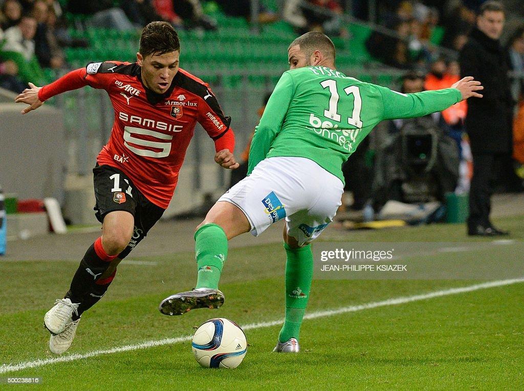 Rennes' Colombian midfielder Juan Fernando Quintero vies with SaintEtienne's French midfielder Valentin Eysseric during the French L1 football match...