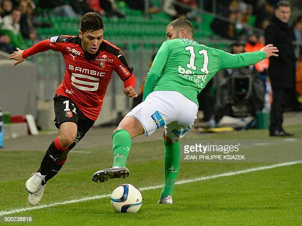 Rennes' Colombian midfielder Juan Fernando Quintero vies with SaintEtienne's French midfielder Valentin Eysseric during the French L1 football match...