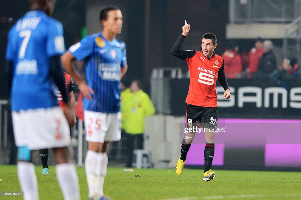 Rennes forward Julien Feret celebrates after scoring against Brest on December 8, 2012 during a French L1 football match at the Route de Lorient stadium in Rennes. BREGARDIS