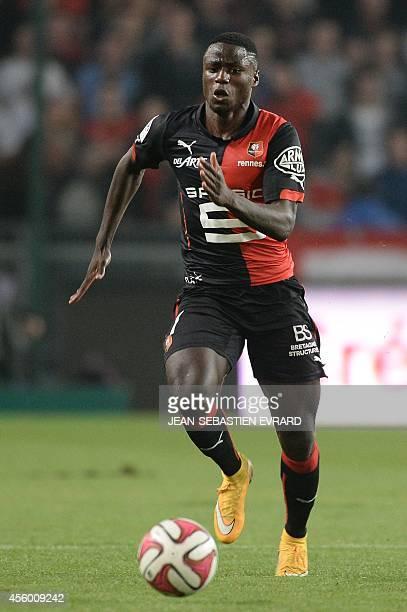 Rennes' French Cameroonian forward PaulGeorges Ntep runs with the ball during the French L1 football match between Rennes and Toulouse on September...