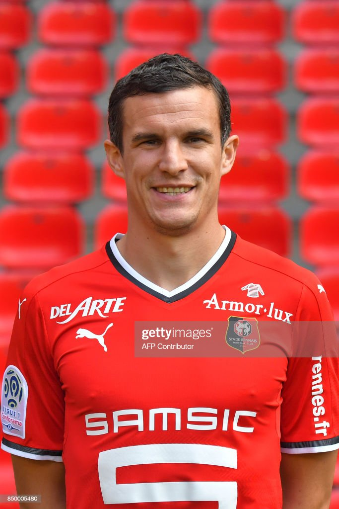 Rennes' French defender Romain Danze poses during the official presentation of the French L1 football Club Stade Rennais FC on September 19, 2017 in Rennes, western France. /