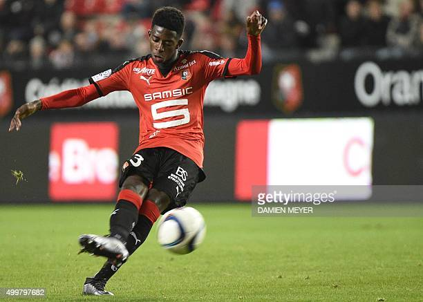 Rennes' French forward Ousmane Dembele kicks the ball during the French L1 football match Rennes against Marseille on December 03 2015 at the Roazhon...