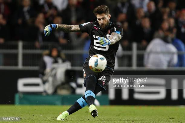 Rennes' French goalkeeper Benoit Costil kicks the ball during the French L1 football match between Rennes and Lorient at the Roazhon Park in Rennes...