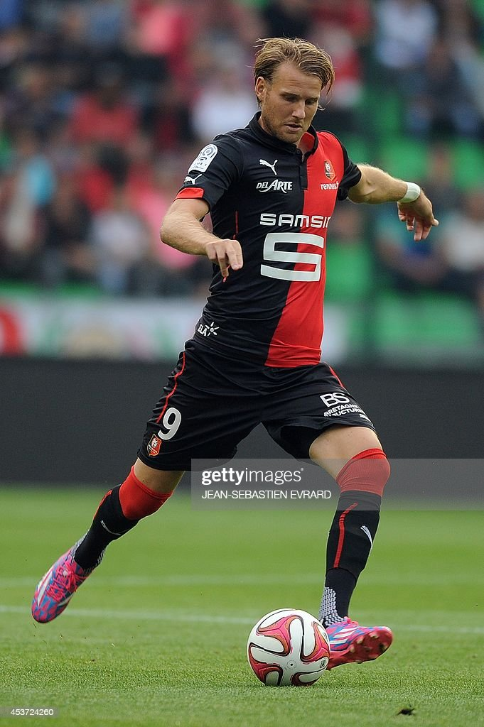 Rennes' Swedish forward Ola Toivonen runs with the ball during the French L1 football match between Stade Rennais FC and EvianThonon Gaillard FC on...