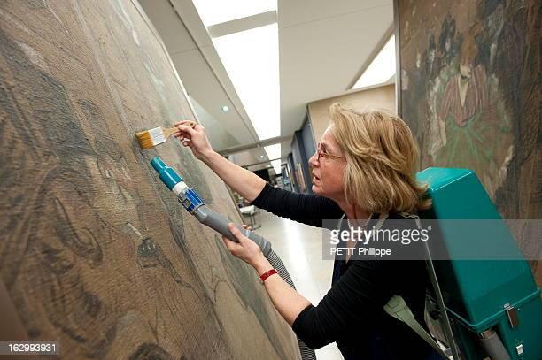 Renovation Of Orsay Museum In Paris Paris décembre 2009 rénovation du Musée d'Orsay et de ses 16 000 mètres carrés pour la première fois depuis que...