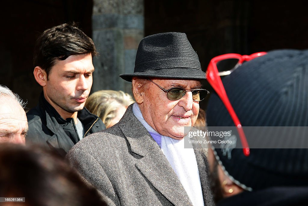 <a gi-track='captionPersonalityLinkClicked' href=/galleries/search?phrase=Renzo+Arbore&family=editorial&specificpeople=2149491 ng-click='$event.stopPropagation()'>Renzo Arbore</a> attends the funeral of Singer Enzo Jannacci at Basilica di Sant'Ambrogio on April 2, 2013 in Milan, Italy.