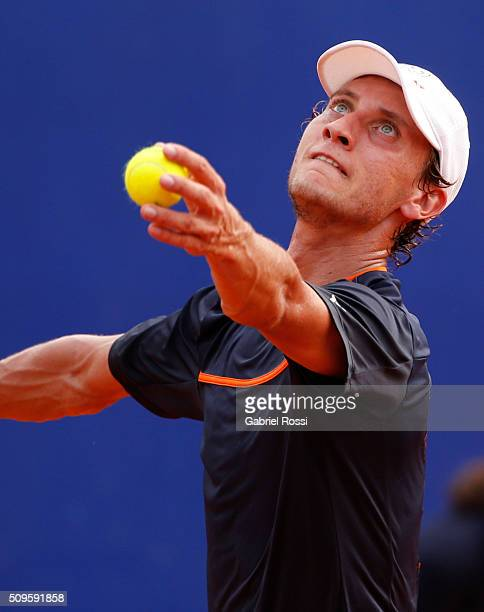 Renzo Olivo of Argentina serves during a match between David Ferrer of Spain and Renzo Olivo of Argentina as part of ATP Argentina Open at Buenos...