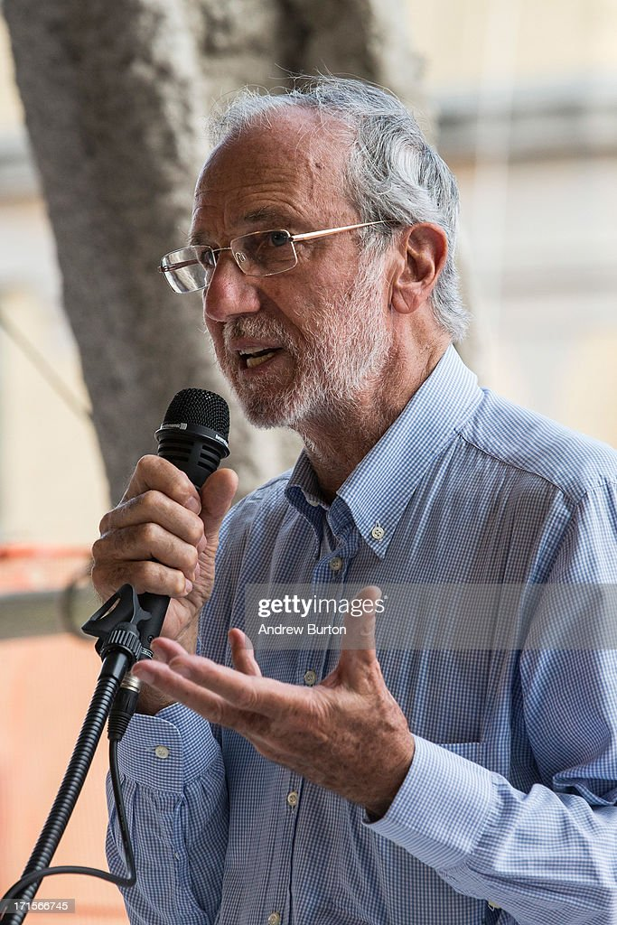 <a gi-track='captionPersonalityLinkClicked' href=/galleries/search?phrase=Renzo+Piano&family=editorial&specificpeople=274944 ng-click='$event.stopPropagation()'>Renzo Piano</a>, architect of the Whitney Museum of American Art's new building, which is still under construction, speaks to members of the media at the construction site on June 26, 2013 in the Meat Packing District neighborhood of New York City. The museum, which is scheduled to open in 2015, will be nine stories tall and has an estimated capital campaign, including building cost, endowments and the increase of instituional capacity, of $760 million.