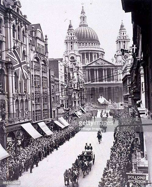 Reopening of St Paul's Cathedral London 1930 View of King George V and Queen Mary consort of the King processing down Ludgate Hill following the...