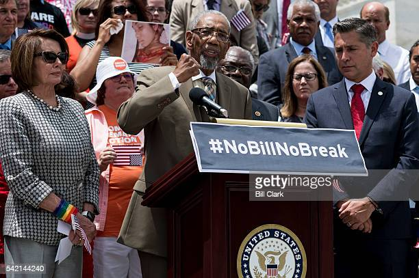 Rep Bobby Rush DIll flanked by House Minority Leader Nancy Pelosi and Dan Gross president Brady Campaign to Prevent Gun Violence speaks about his...