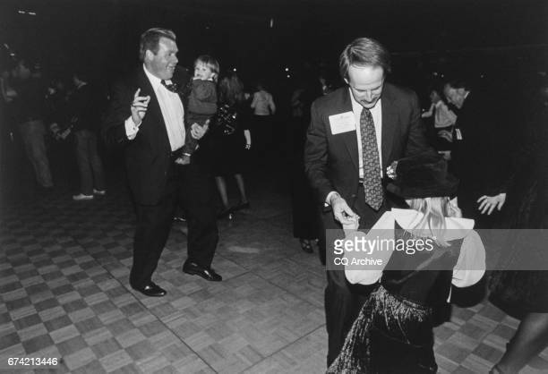 Rep J D Hayworth RAirz with his son John Mica and Rep Frank Riggs RCalif with his daughter Sarah on Jan 5 1995