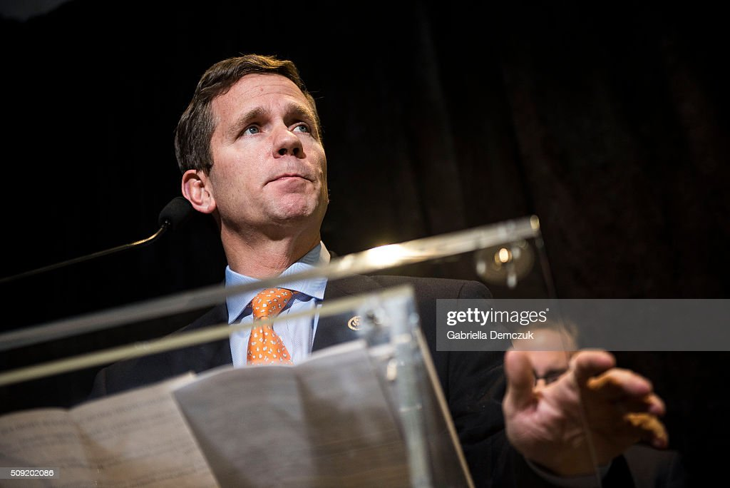 Rep. Robert Dold (R-IL), speaks at an event unveiling a multi-state program to combat opioid abuse in the U.S. at a Walgreens store on February 9, 2016 in Washington, DC. More than 500 Walgreens drugstores will have safe medication disposal kiosks installed, and livesaving opioid antidote naloxone will be made available without prescription in 35 states throughout the U.S.