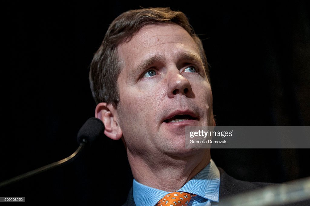 Rep. Robert Dold (R-IL) speaks at an event unveiling a multi-state program to combat opioid abuse in the U.S. at a Walgreens store on February 9, 2016 in Washington, DC. More than 500 Walgreens drugstores will have safe medication disposal kiosks installed, and livesaving opioid antidote naloxone will be made available without prescription in 35 states throughout the U.S.
