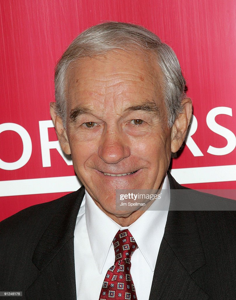 "Ron Paul Signs Copies Of ""End The Fed"" - September 29, 2009"