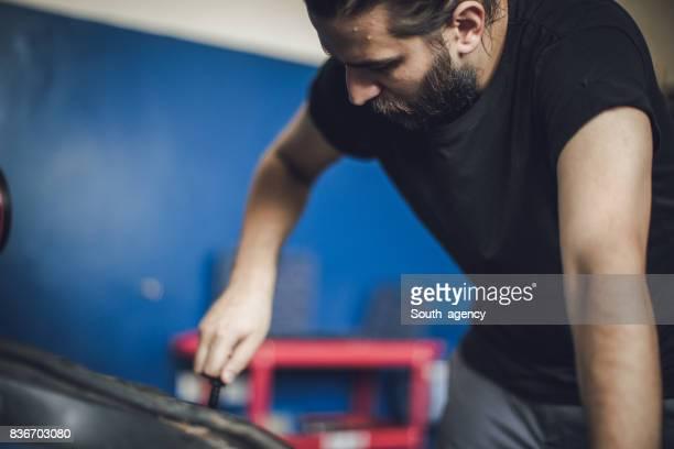 Repairing motor vehicle