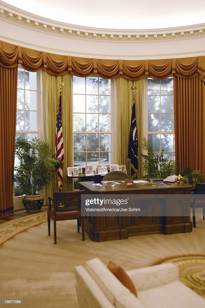 Replica of the White House Oval Office at the Ronald W. Reagan Presidential Library : Stock Photo