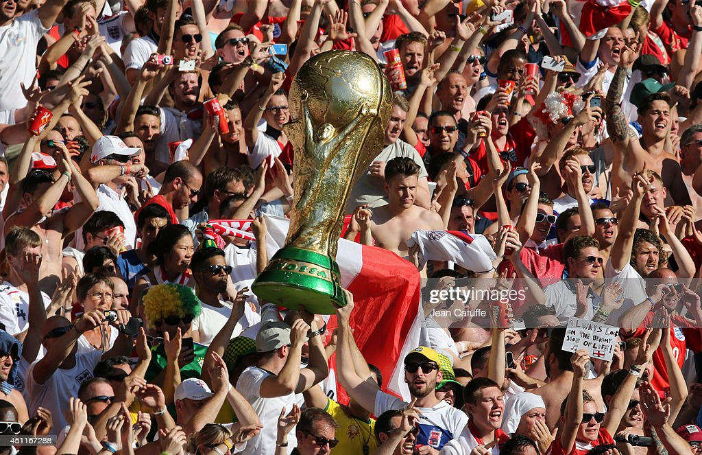 Replica of World Cup trophy is lifted by fans during the 2014 FIFA World Cup Brazil Group D match between Costa Rica and England at Estadio Mineirao on June 24, 2014 in Belo Horizonte, Brazil.