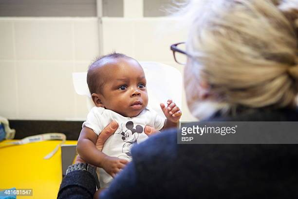 Reportage in a postnatal clinic in Champigny France Since leaving the neonatal unit the twins are checked every week to follow their growth One of...