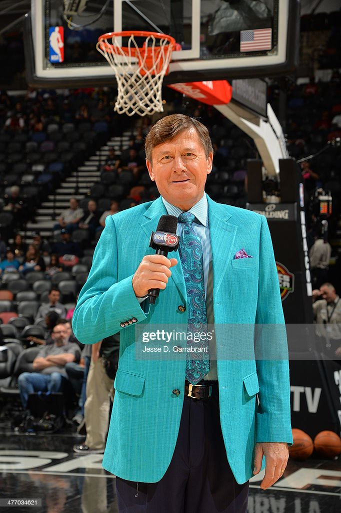 Reporter <a gi-track='captionPersonalityLinkClicked' href=/galleries/search?phrase=Craig+Sager&family=editorial&specificpeople=617407 ng-click='$event.stopPropagation()'>Craig Sager</a> before a game against the San Antonio Spurs and Miami Heat at the AT&T Center March 6, 2014 in San Antonio, Texas.