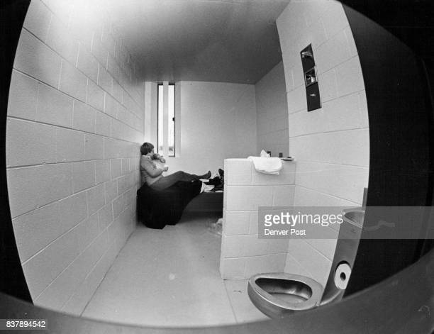 Reporter Discovers Window makes Solitary Bearable Cindy Parmenter found drawback stainlesssteel toilet seat was cold Credit Denver Post