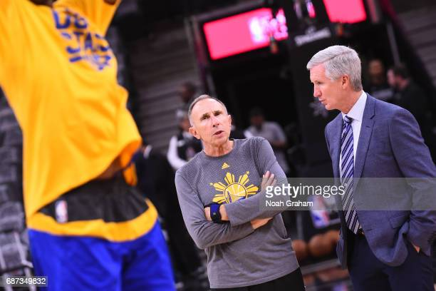 Reporter Mike Breen and Ron Adams of the Golden State Warriors talk before Game Four of the Western Conference Finals against the San Antonio Spurs...