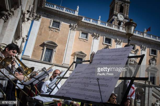 A representation of workers musicians and singers protested in the Campidoglio against the municipal administration for the financial economic...