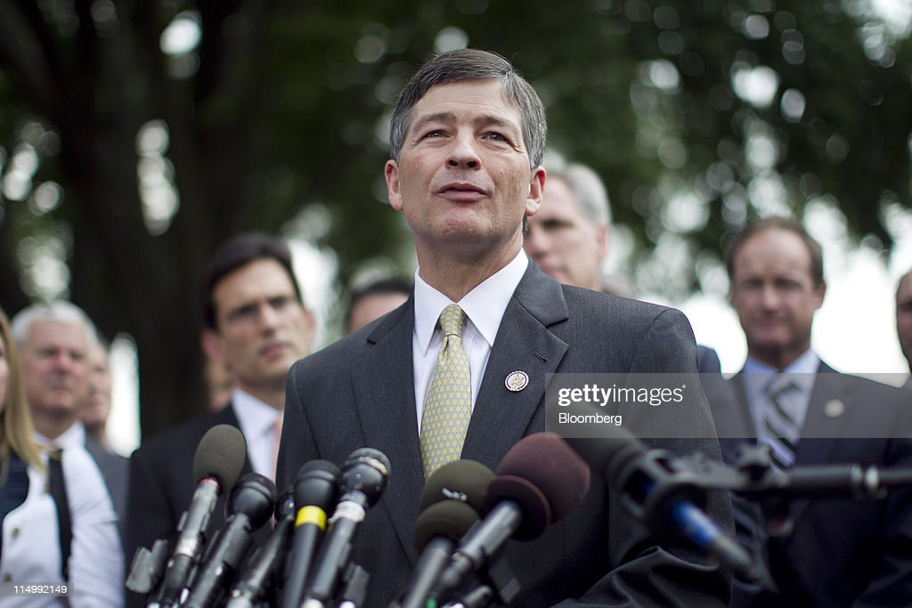 Representative Jeb Hensarling a Republican from Texas speaks to the media following a meeting with US President Barack Obama at the White House in...