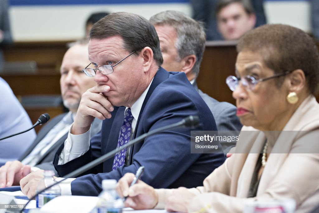 Representative Sam Graves, a Republican from Missouri and chairman of the Highways and Transit Subcommittee, left, and Representative Eleanor Holmes Norton, a Democrat from the District of Columbia, listen during a House Highways and Transit Subcommittee roundtable discussion in Washington, D.C., U.S., on Thursday, Dec. 7, 2017. The roundtable focused on emerging technologies being utilized or explored in the trucking industry. Photographer: Andrew Harrer/Bloomberg via Getty Images