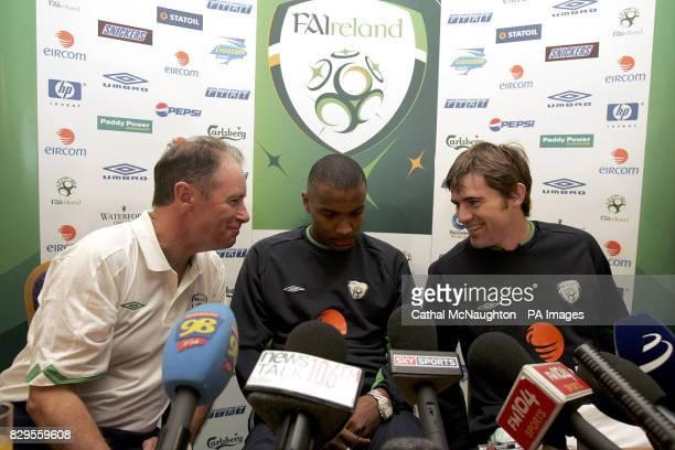Republic of Ireland team manager Brian Kerr striker Clinton Morrison and Kevin Kilbane