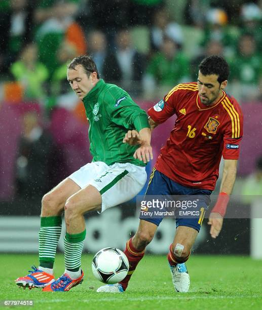 Republic of Ireland's Aiden McGeady and Spain's Sergio Busquets battle for the ball