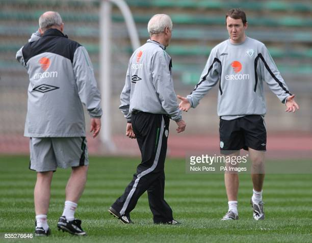 Republic of Ireland's Assistant manager Liam Brady manager Giovanni Trapattoni and Aiden McGeady during training