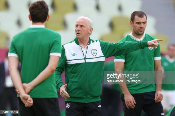 Republic of Ireland's Keith Andrews manager Giovanni Trapattoni and Darron Gibson during a training session at the PGE Arena Gdansk Poland