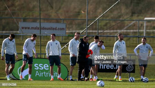 Republic of Ireland's manager Martin O'Neill with his players during a training session at Gannon Park Malahide Ireland