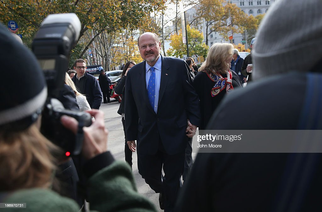 Republican candidate for New York City mayor <a gi-track='captionPersonalityLinkClicked' href=/galleries/search?phrase=Joe+Lhota&family=editorial&specificpeople=10110154 ng-click='$event.stopPropagation()'>Joe Lhota</a> arrives to a polling station after casting his vote on November 5, 2013 in the Brooklyn borough of New York City. New Yorkers went to the polls to choose between Lhota and Democratic candidate Bill de Blasio, widely considered the favorite going into election day.