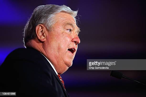 Republican Governors Association Chairman and Mississippi Governor Haley Barbour addresses the Republican National Congressional Committee's midterm...