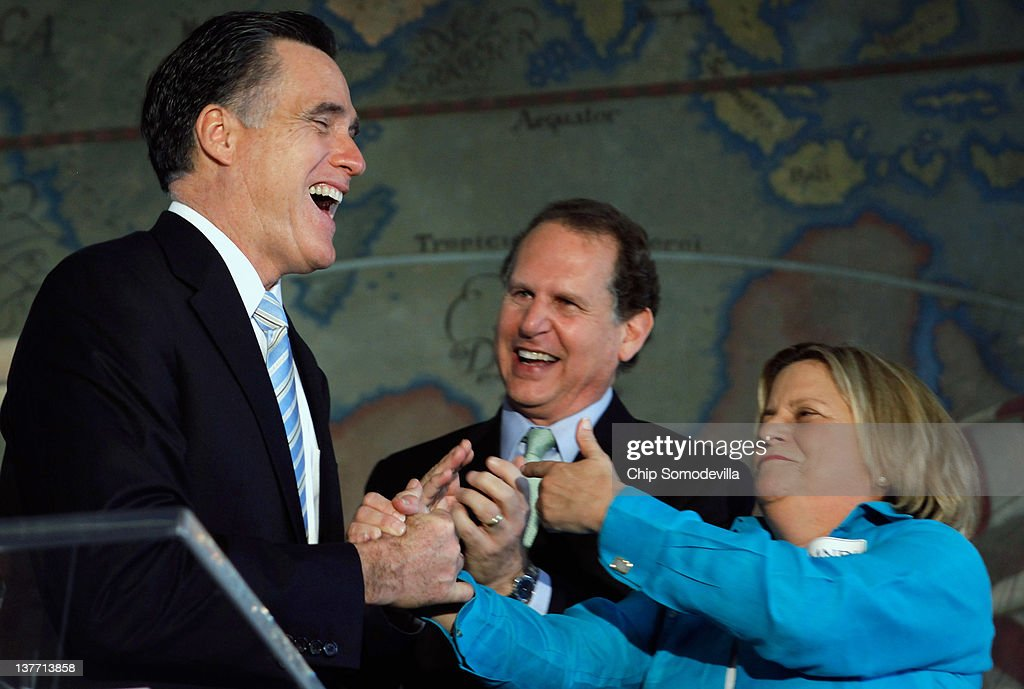 Republican presidential candidate and former Massachusetts Gov. Mitt Romney (L) shares a laugh with former Congressman Lincoln Diaz-Balart (R-FL) and House Foreign Affairs Committee Chair Ileana Ros-Lehtinen (R- FL) during a US-Cuba Democracy political action committee campaign event January 25, 2012 in Miami, Florida. Romney is campaigning in Florida ahead of next Tuesday's state primary.