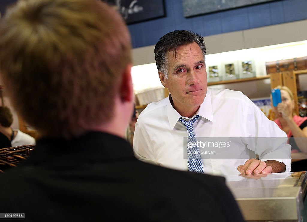 Republican presidential candidate and former Massachusetts Gov. <a gi-track='captionPersonalityLinkClicked' href=/galleries/search?phrase=Mitt+Romney&family=editorial&specificpeople=207106 ng-click='$event.stopPropagation()'>Mitt Romney</a> purchases pies at Homemades by Suzanne during a campaign stop August 11, 2012 in Ashland, Virginia. <a gi-track='captionPersonalityLinkClicked' href=/galleries/search?phrase=Mitt+Romney&family=editorial&specificpeople=207106 ng-click='$event.stopPropagation()'>Mitt Romney</a> kicked off a four day bus tour with an announcement of his running mate, Rep. Paul Ryan (R-WI).