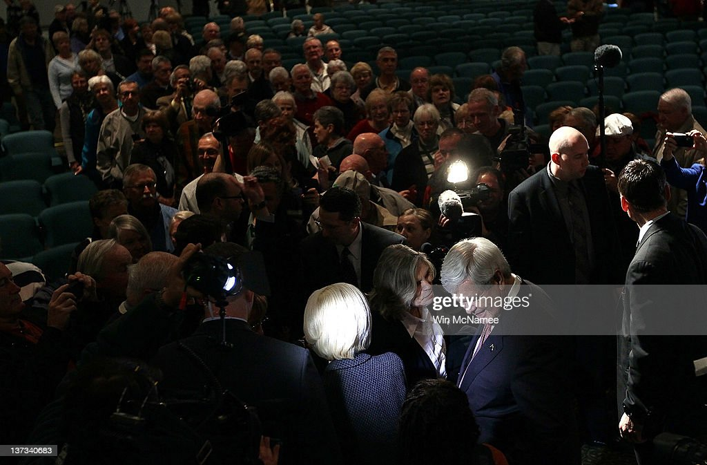 Republican presidential candidate and former Speaker of the House <a gi-track='captionPersonalityLinkClicked' href=/galleries/search?phrase=Newt+Gingrich&family=editorial&specificpeople=202915 ng-click='$event.stopPropagation()'>Newt Gingrich</a> greets supporters with his wife <a gi-track='captionPersonalityLinkClicked' href=/galleries/search?phrase=Callista+Gingrich&family=editorial&specificpeople=4374496 ng-click='$event.stopPropagation()'>Callista Gingrich</a> following a Town Hall meeting at Sun City's Magnolia Hall January 19, 2012 in Bluffton, South Carolina. Texas Gov. Rick Perry is expected to announce this morning that he is withdrawing from the race for the Republican nomination prior to the South Carolina primary and endorsing Gingrich.