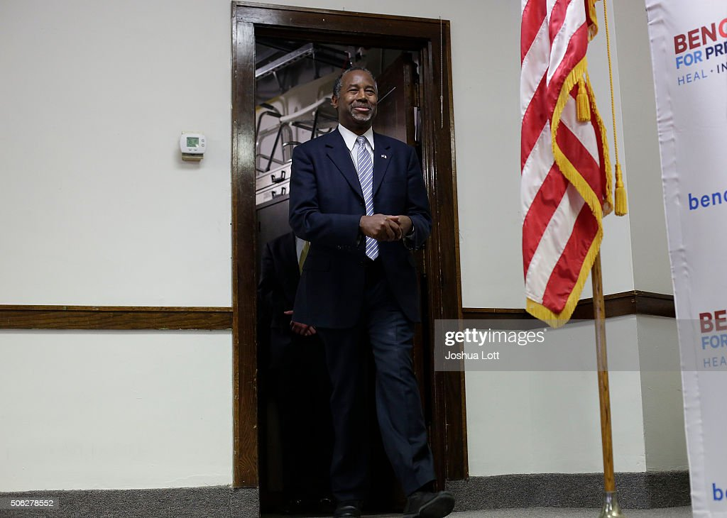 Republican presidential candidate Ben Carson is introduced during his 'Trust in God Townhall' campaign stop January 22, 2016 in Mt. Ayr, Iowa. Carson, who is seeking the nomination from the Republican Party is on the presidential campaign trail across Iowa ahead of the Iowa Caucus taking place February 1.